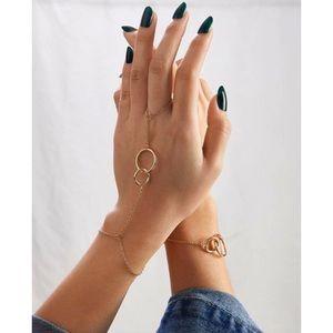 Jewelry - ⭐3/$30 | Finger Chain Link Bracelet Set